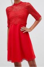 Look de fête robe rouge Vendôme